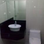 3 - 9DE Master Bathroom